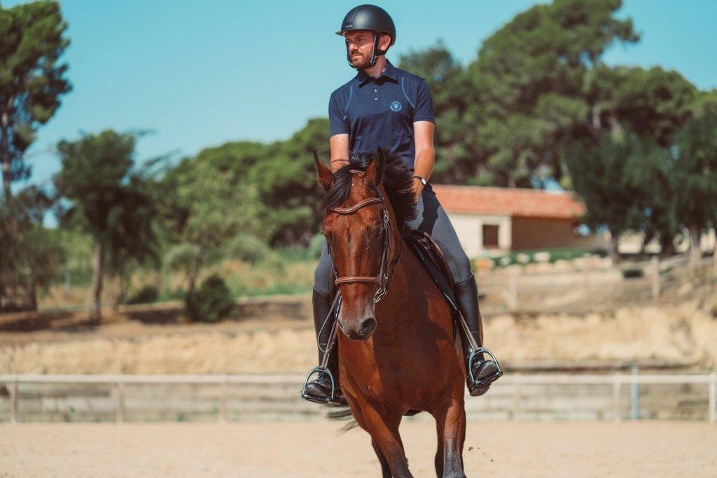 Tujuh Perlengkapan Berkuda Yang Harus Diketahui